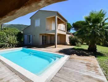 Villa 4 pièces 132 m2