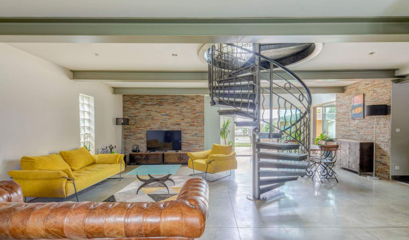 Maison avec piscine et terrasse Cantenay-Epinard