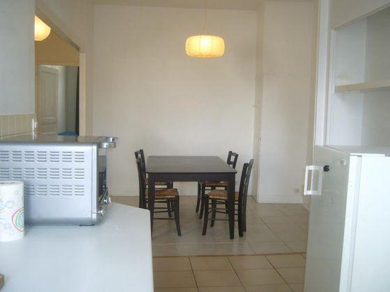 Location appartement meublé 2 pièces 53,2 m2