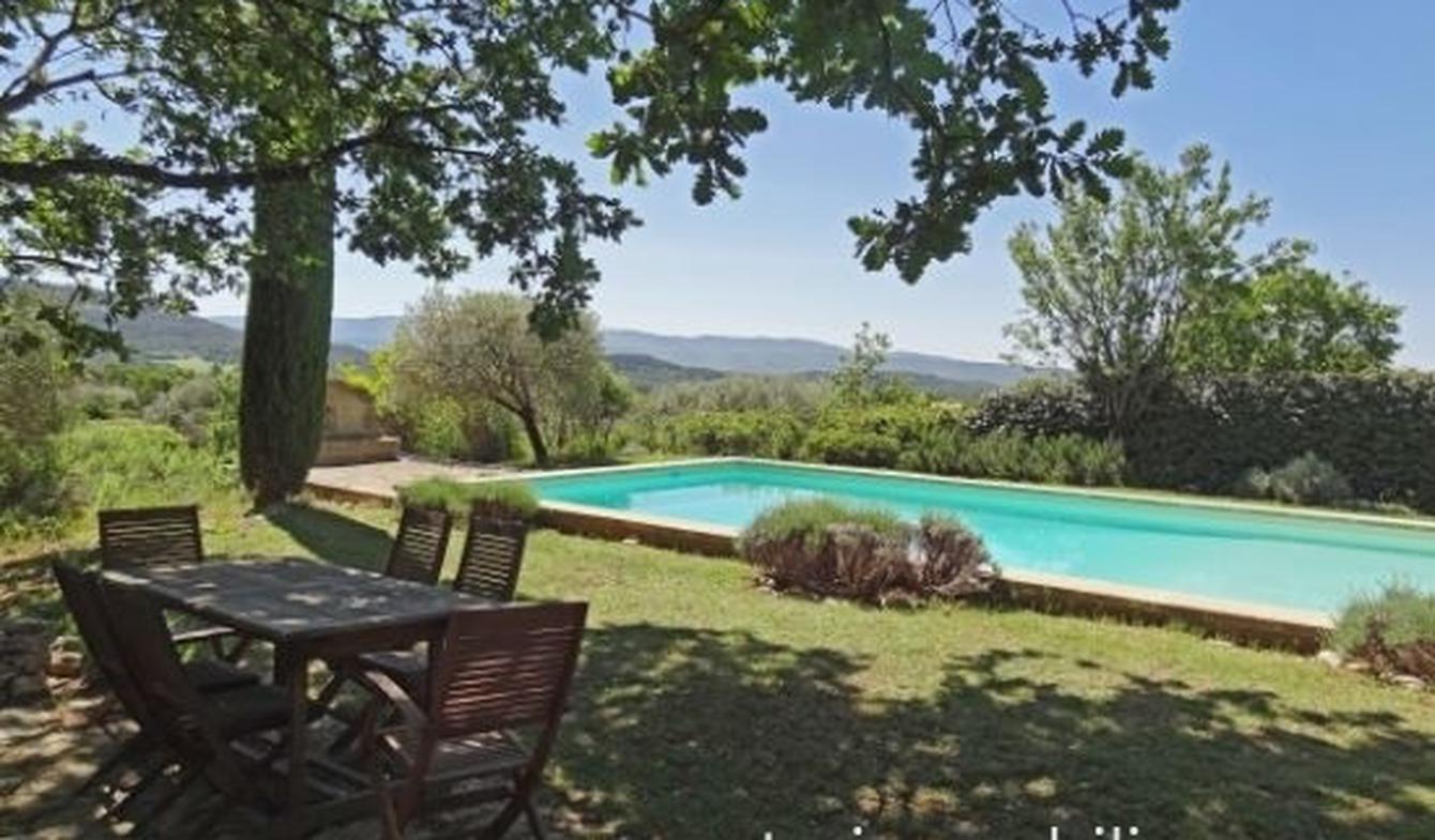 Maison avec piscine Saint-Saturnin-lès-Apt