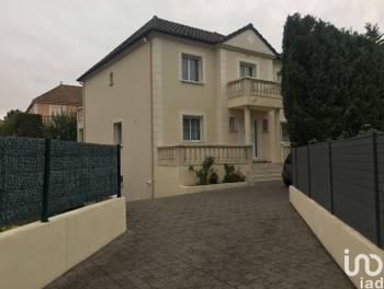 Maison 7 pièces 174 m2