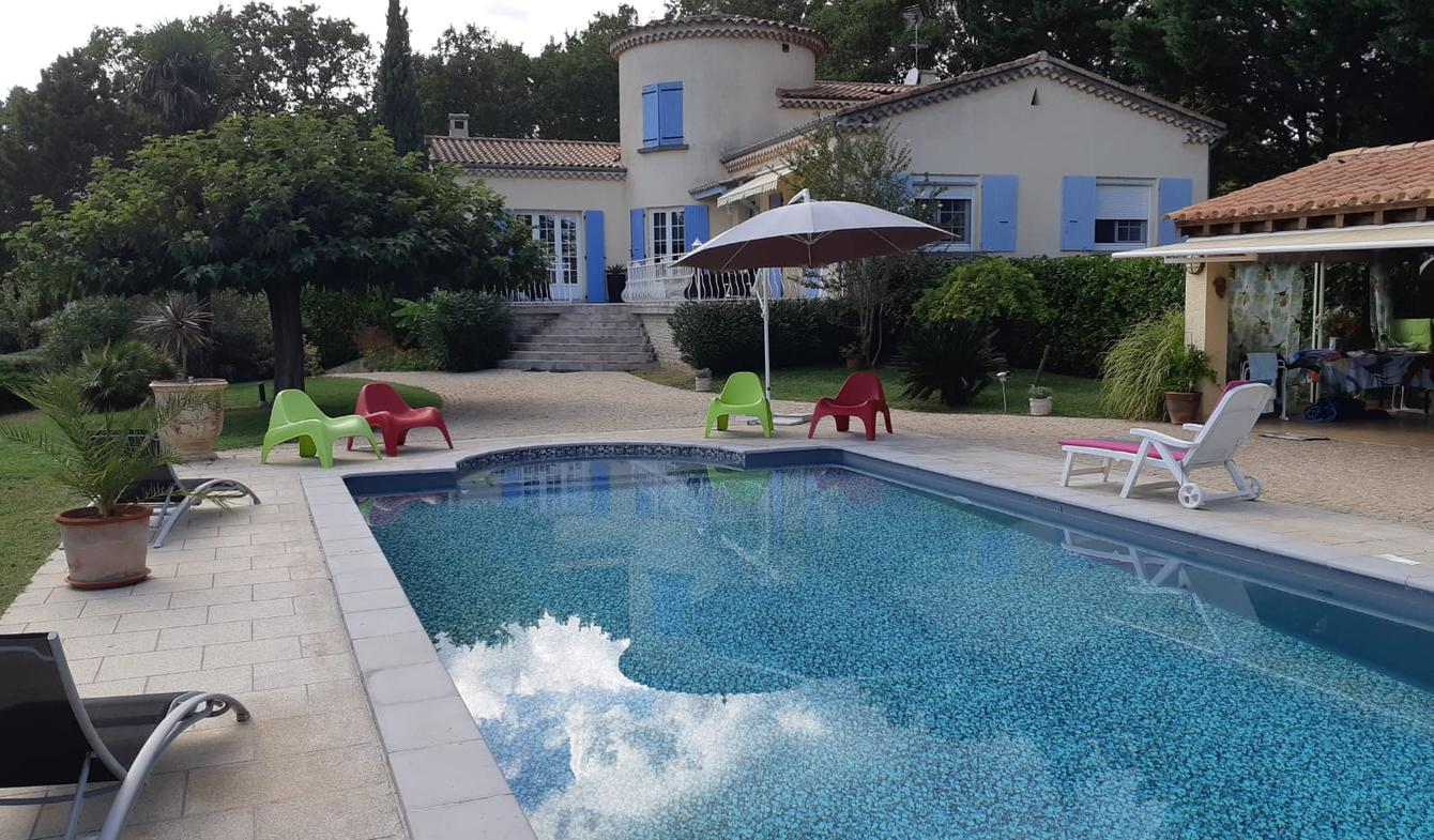 Villa avec piscine et terrasse Montelimar