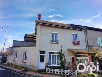 maison à Saint-Priest-des-Champs (63)