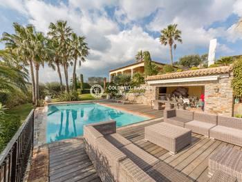 Villa 5 pièces 350 m2