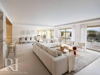 Appartement 6 pièces 316 m2