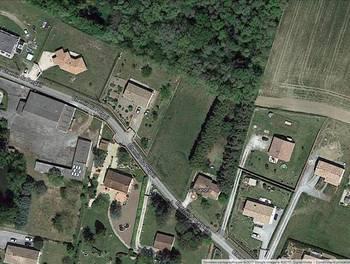Terrain 590 m2