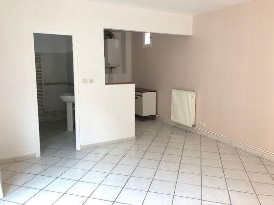 Location studio 28,15 m2