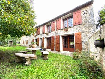 villa à Agris (16)