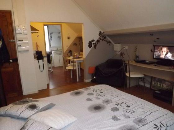 Location studio meublé 19,61 m2