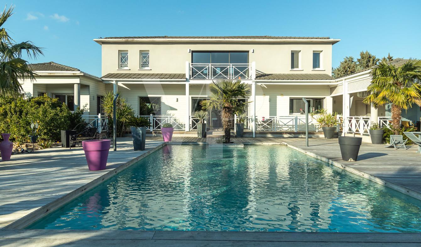 Maison avec piscine et terrasse Graveson