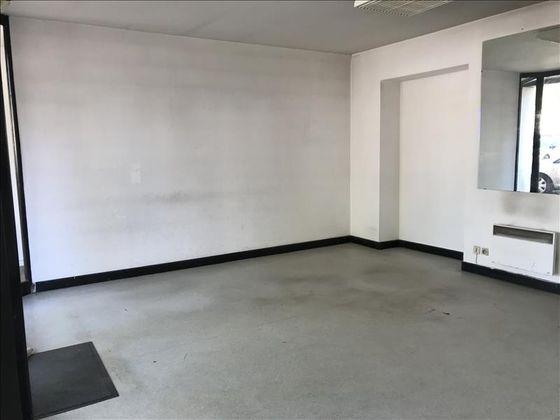 Vente divers 111 m2