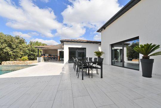 Maison De Luxe Avec Piscine Montpellier  Vendre