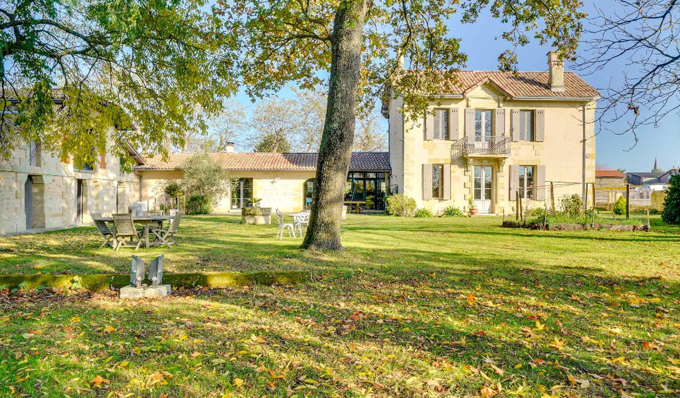 Maison avec piscine et terrasse Saint-Christoly-Médoc
