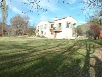 Villa 9 pièces 153 m2