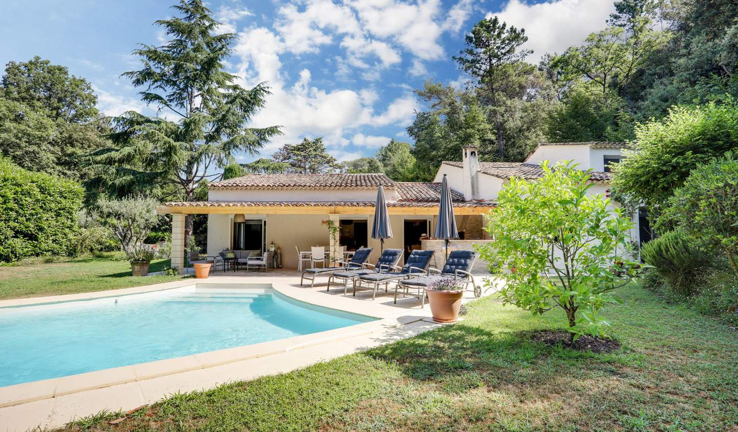 Villa with pool and garden Saint Paul de Vence