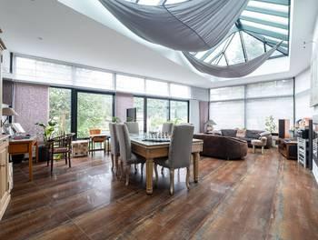 Maison 10 pièces 245 m2