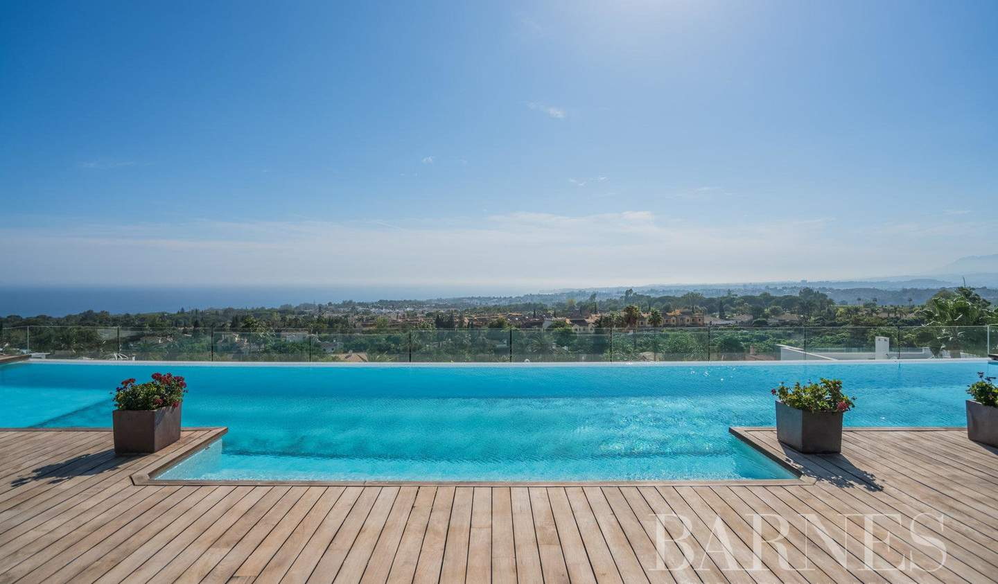 Apartment with terrace and pool Marbella