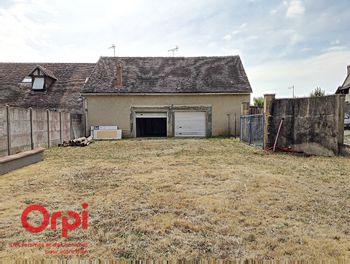 maison à Neufchâtel-en-Saosnois (72)