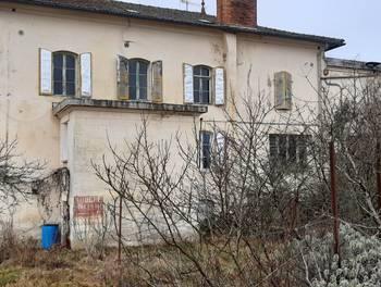 Maison 13 pièces 140 m2