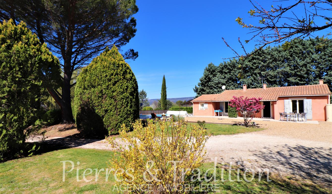 House with pool Roussillon