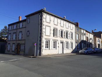 maison à Maringues (63)