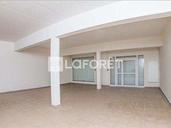 Location divers 1 pièce 85 m2