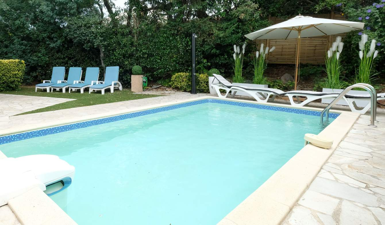 House with pool and terrace Sainte-Maxime