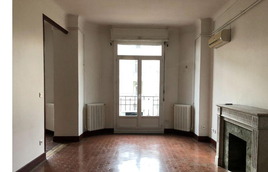 Location  appartement 5 pièces 109.45 m² à Toulon (83000), 1 530 €