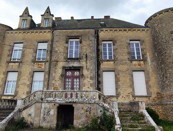 château à Chaillé-sous-les-Ormeaux (85)