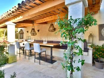 Villa 10 pièces 150 m2