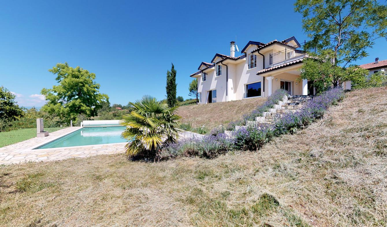 Villa avec piscine Loisin