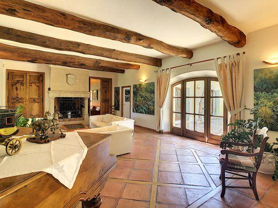 Vente propriété 15 pièces 600 m2