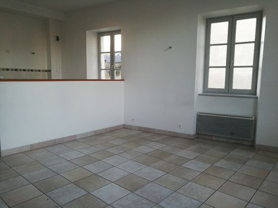 Location appartement 5 pièces 118,09 m2