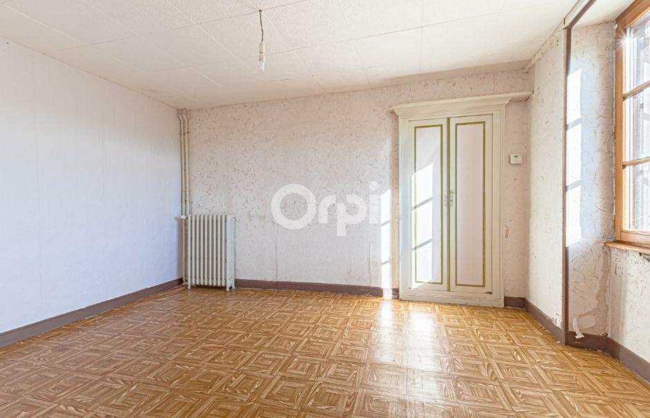 Vente maison 5 pièces 80 m² à Laurière (87370), 97 600 €