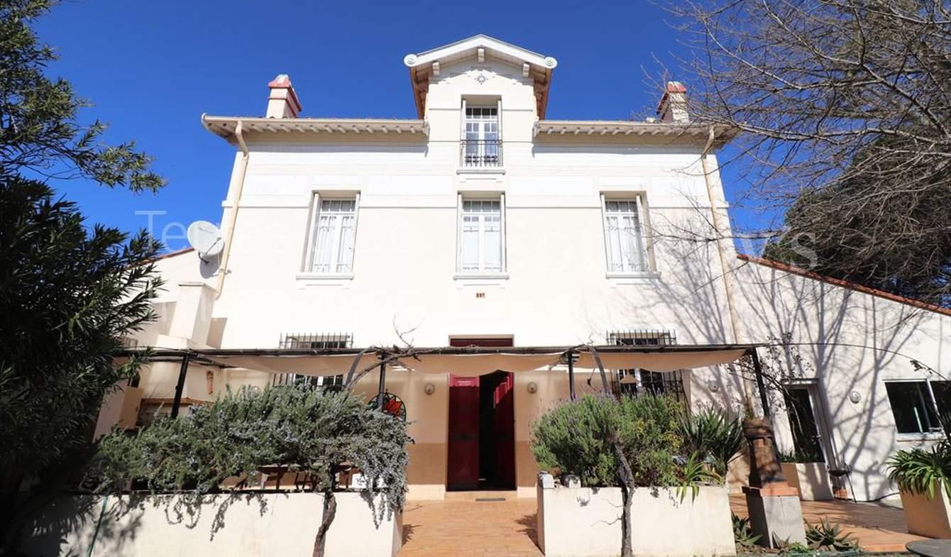 Seaside house and terrace Perpignan