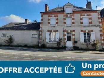 maison à La Ferté-Saint-Cyr (41)