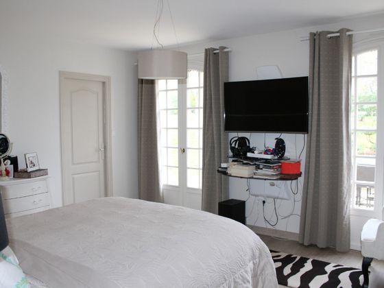Vente maison 10 pièces 371,17 m2