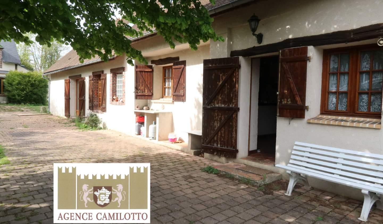 Maison avec terrasse Senantes