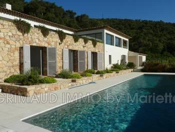 Villa 6 pièces 278 m2