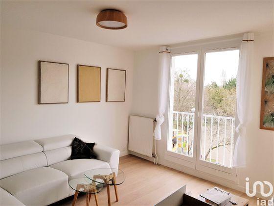 Location studio meublé 10 m2