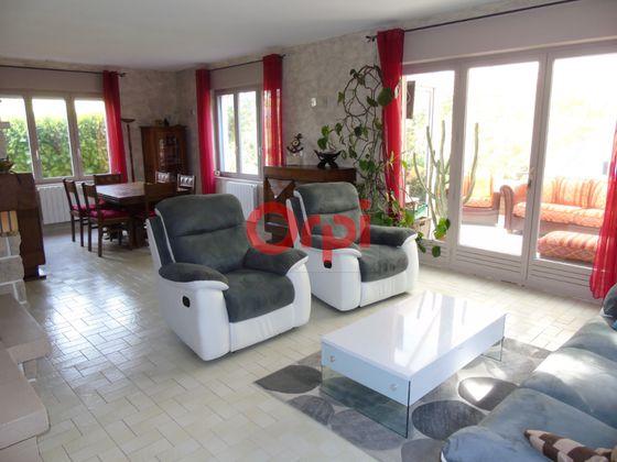 Vente maison 6 pièces 258,66 m2