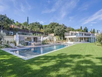 Villa 8 pièces 500 m2