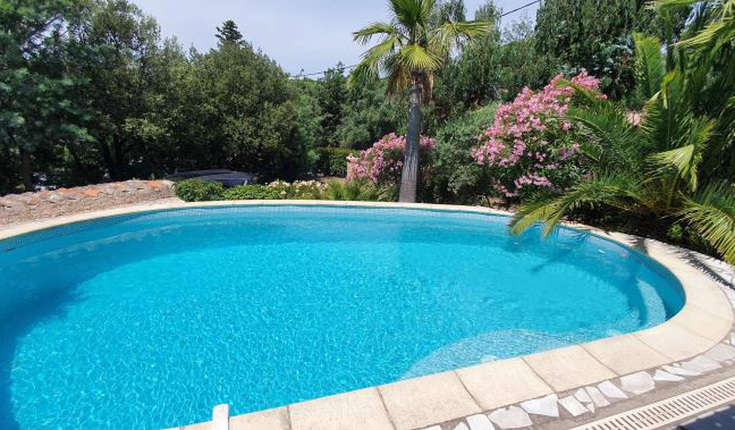 House with pool Les issambres