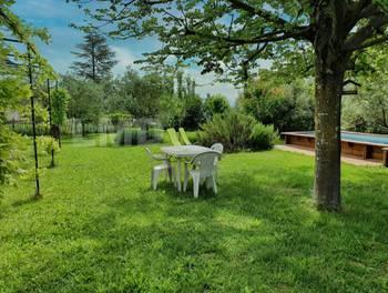 Villa 8 pièces 151 m2