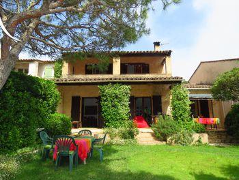 villa à Mougins (06)