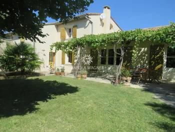 Villa 6 pièces 241 m2