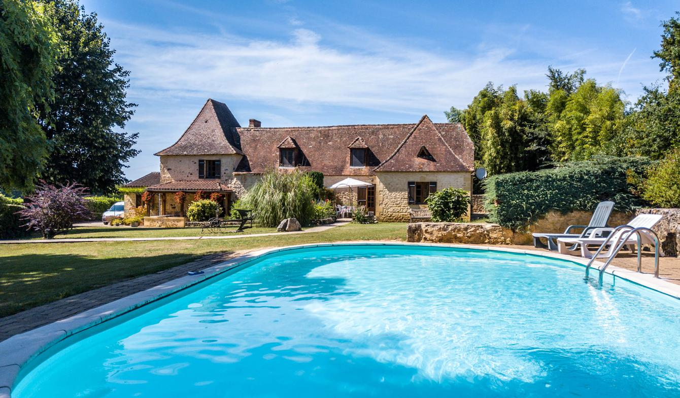 Property with pool Saint-Félix-de-Reillac-et-Mortemart