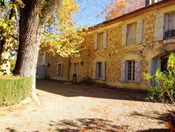 Château 8 pièces 367 m2