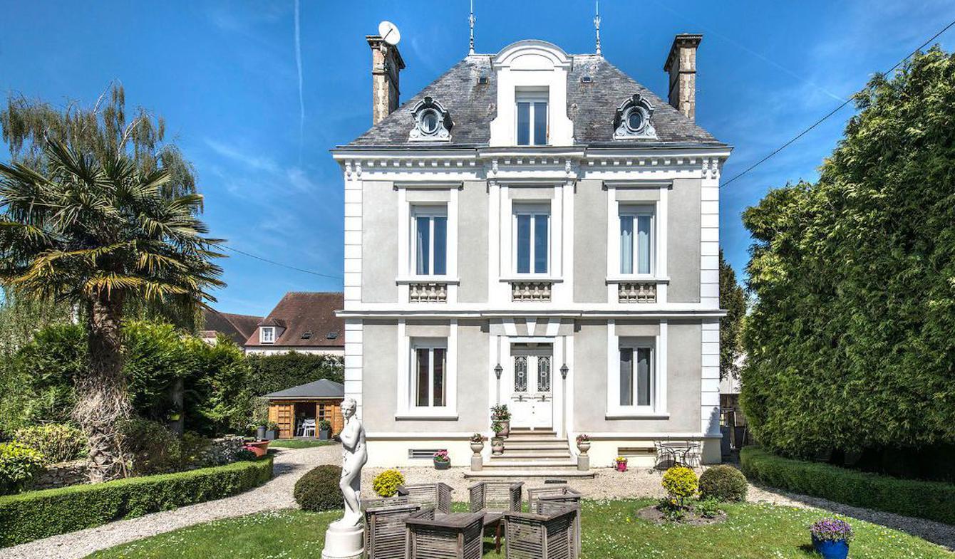 Maison avec terrasse Provins