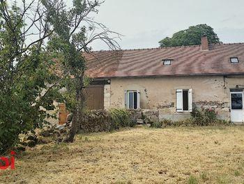 maison à Saint-Priest-en-Murat (03)